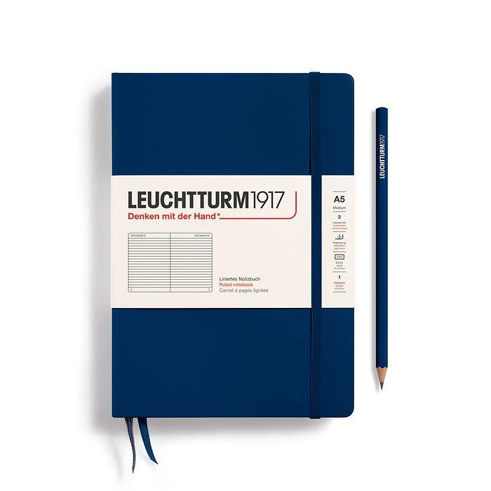 Notizbuch Medium (A5), Hardcover, 251 nummerierte Seiten, Marine, Liniert
