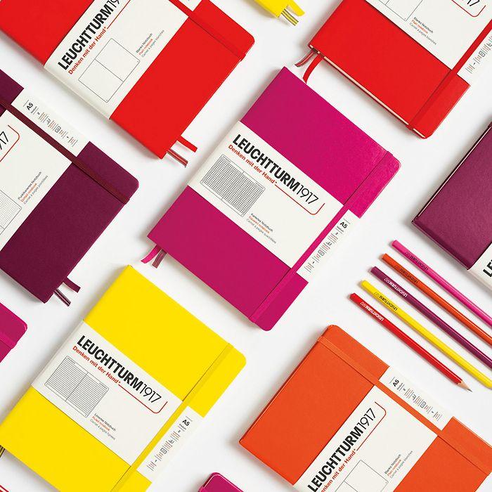 Notizbuch Pocket (A6), Hardcover, 187 nummerierte Seiten, Orange, Kariert