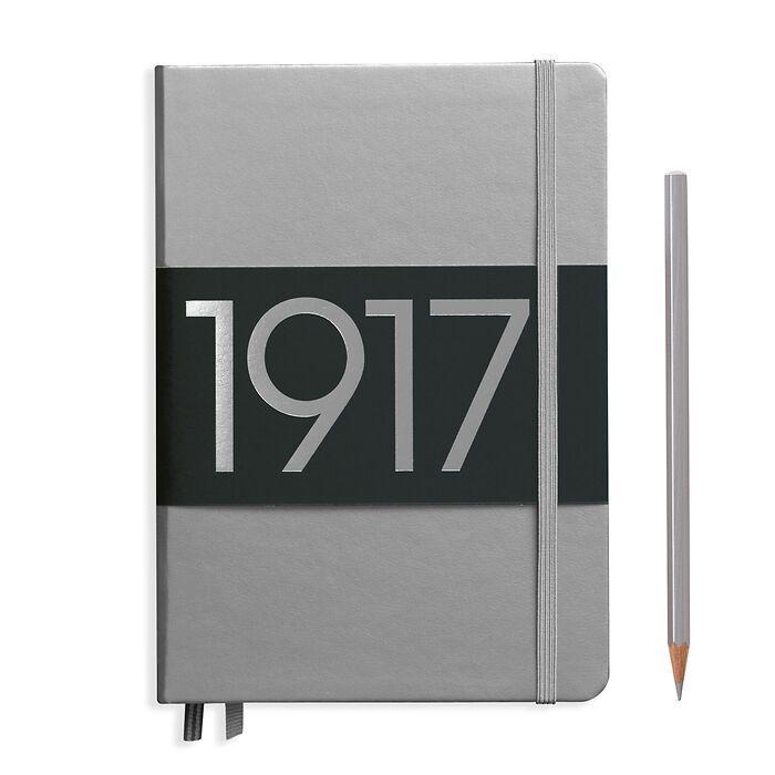 Notizbuch Medium (A5), Hardcover, 251 nummerierte Seiten, Silber, Liniert