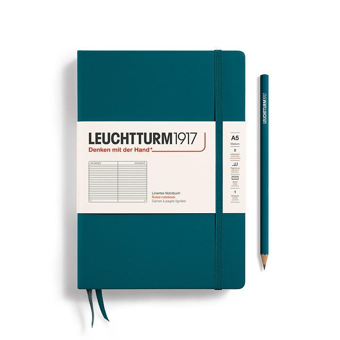 Notizbuch Medium (A5), Hardcover, 251 nummerierte Seiten, Pacific Green, Liniert