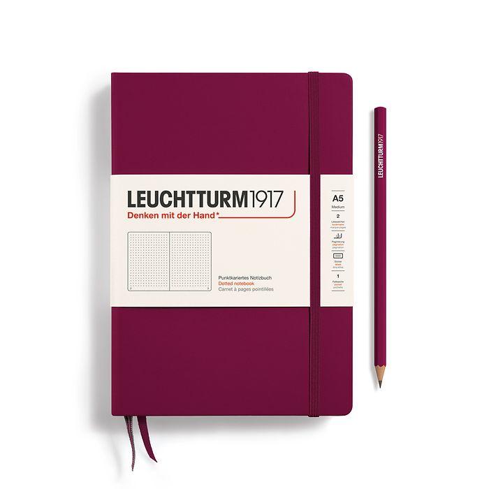 Notizbuch Medium (A5), Hardcover, 251 nummerierte Seiten, Port Red, Dotted