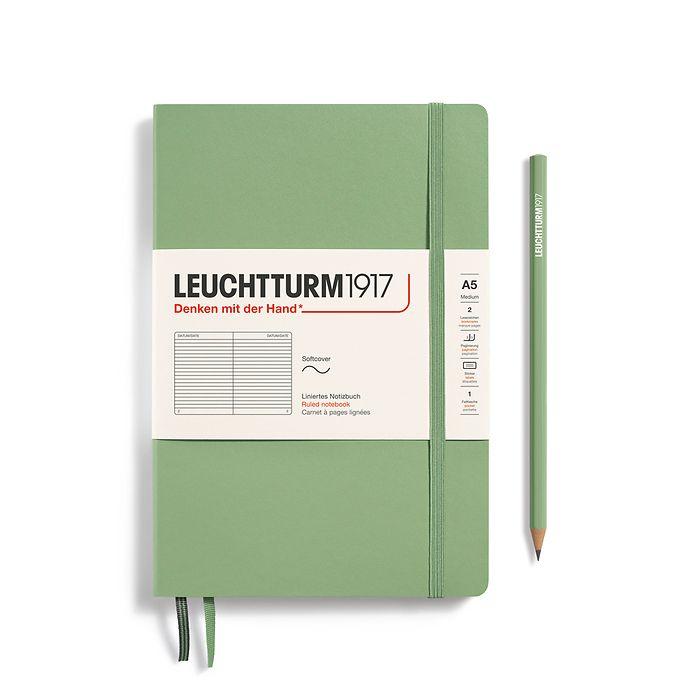 Notizbuch Medium (A5), Softcover, 123 nummerierte Seiten, Salbei, Liniert