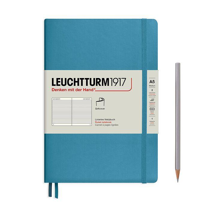 Notizbuch Medium (A5), Softcover, 123 nummerierte Seiten, Nordic Blue, Liniert