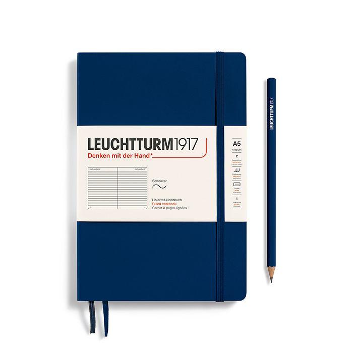 Notizbuch Medium (A5), Softcover, 123 nummerierte Seiten, Marine, Liniert